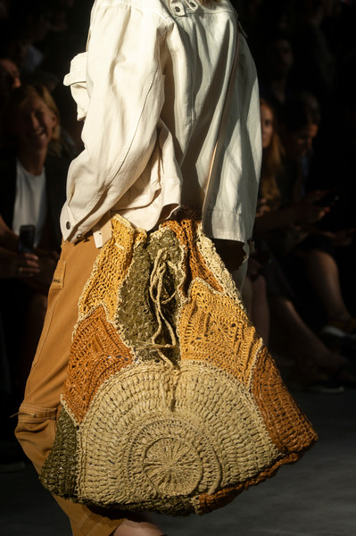 The Newest 2019 Italian Handbag Trend is Oversized Tote Bags